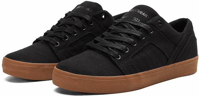 Vegan skateboard shoes from Supra