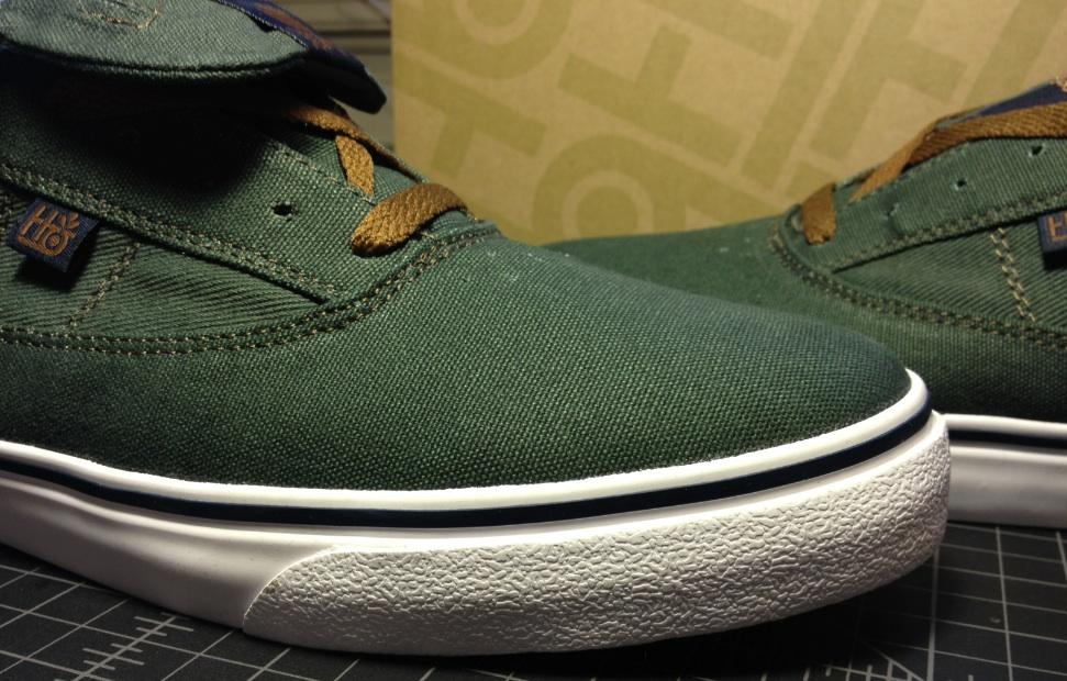 Guru Hi Vegan skateboard shoes