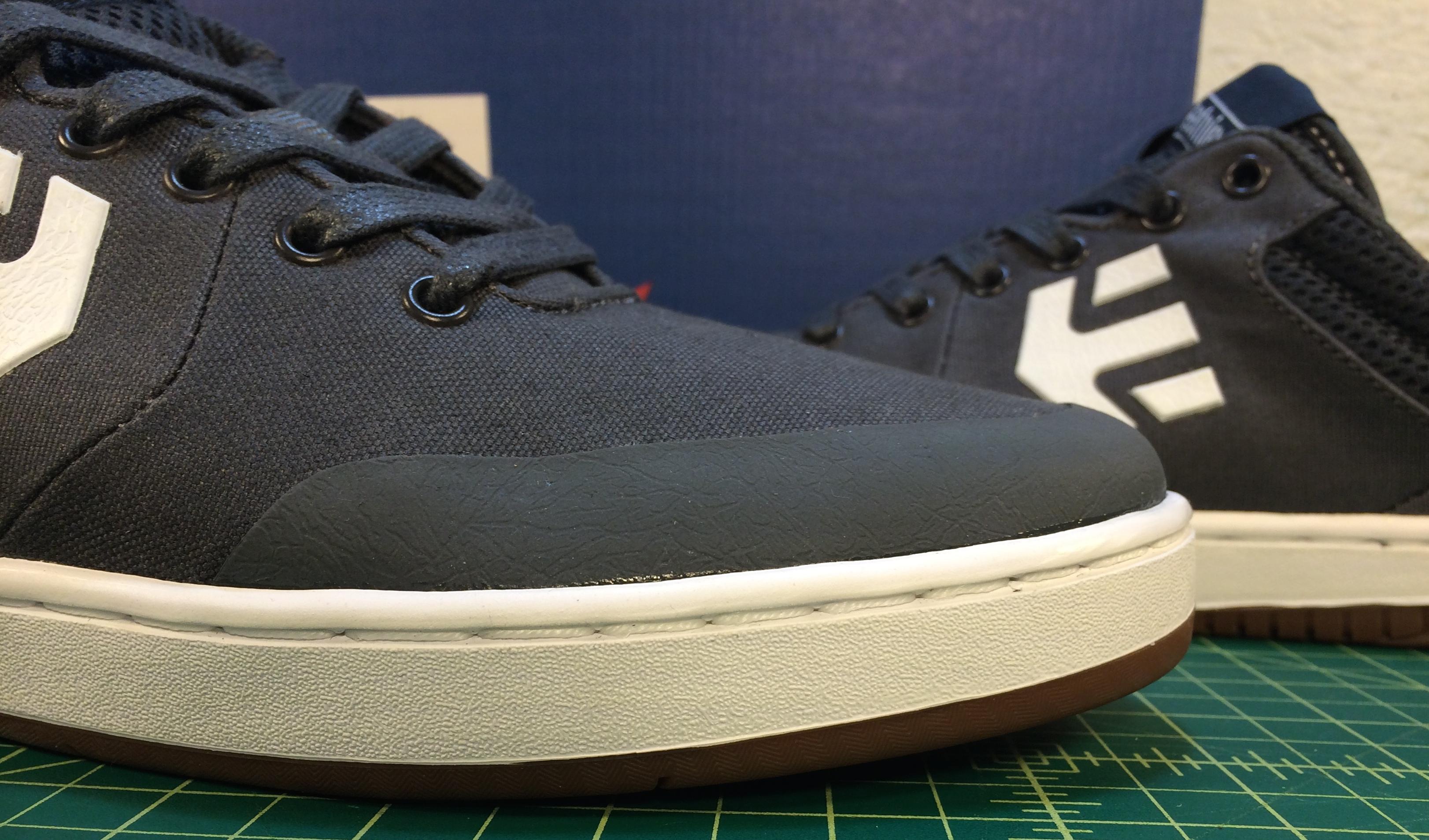 Marana vegan skateboard shoe solid toe cap rubber toe cap