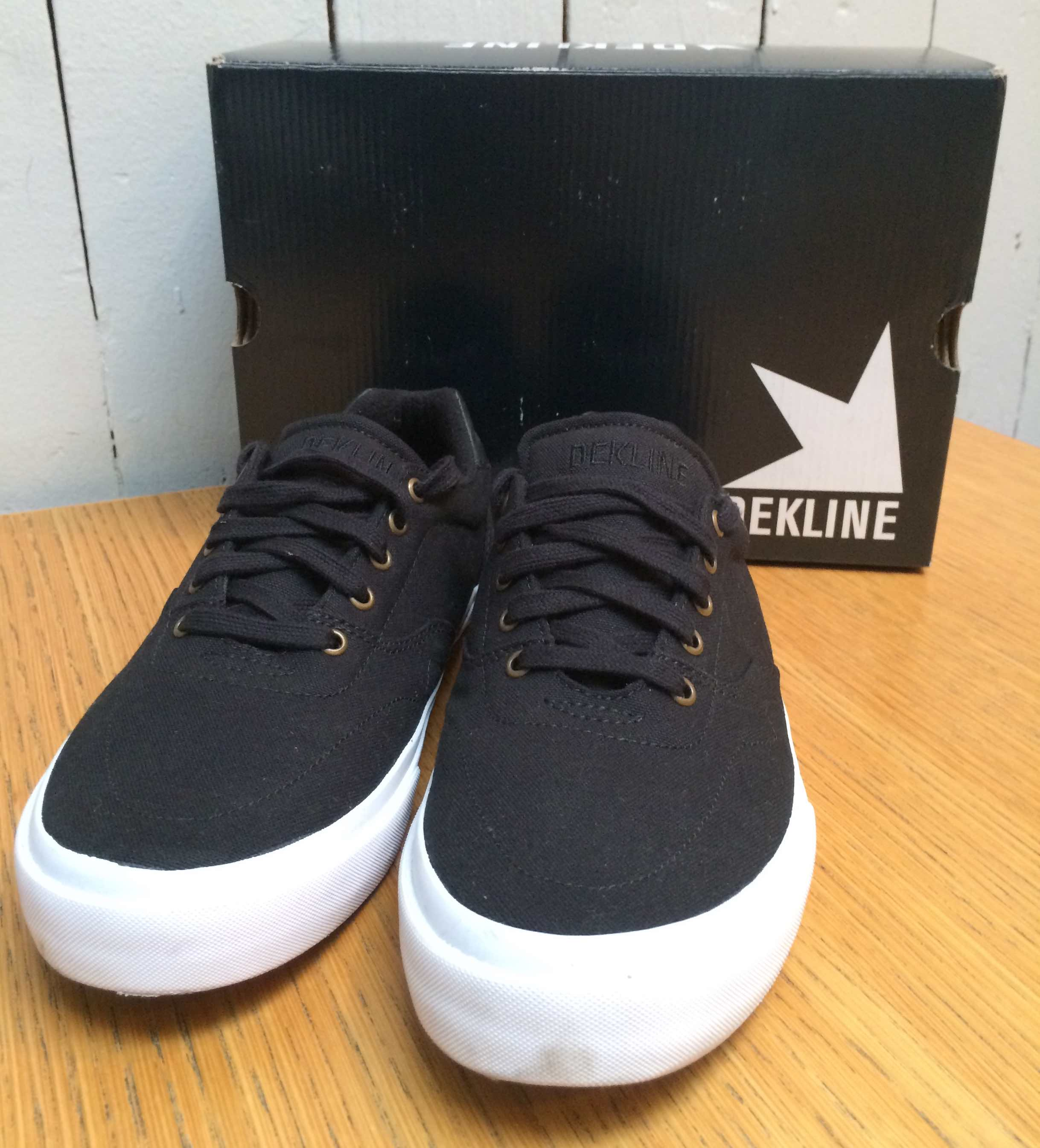dekline Wayland vegan skateboard shoes