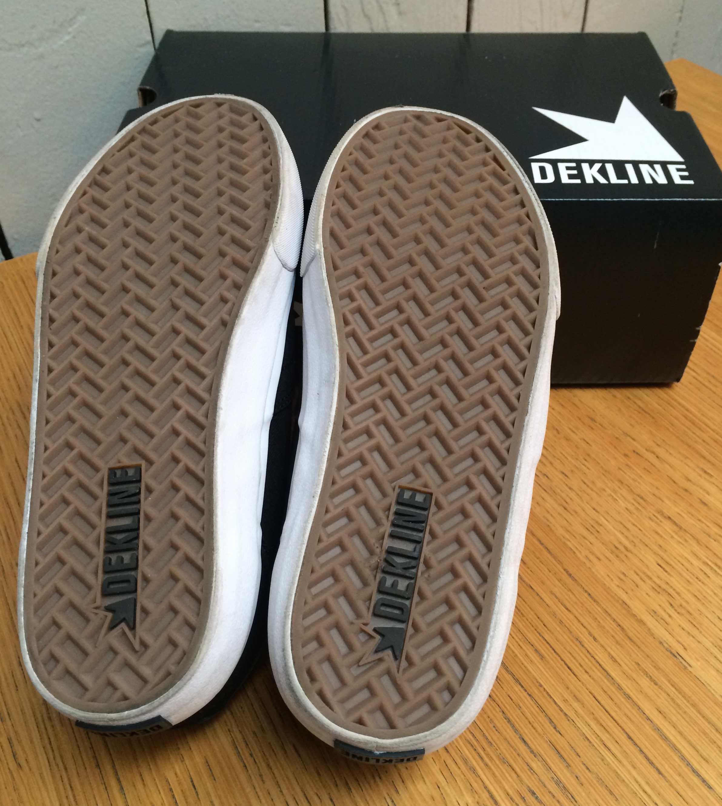 Skateboard shoes canvas vegan Dekline Wayland